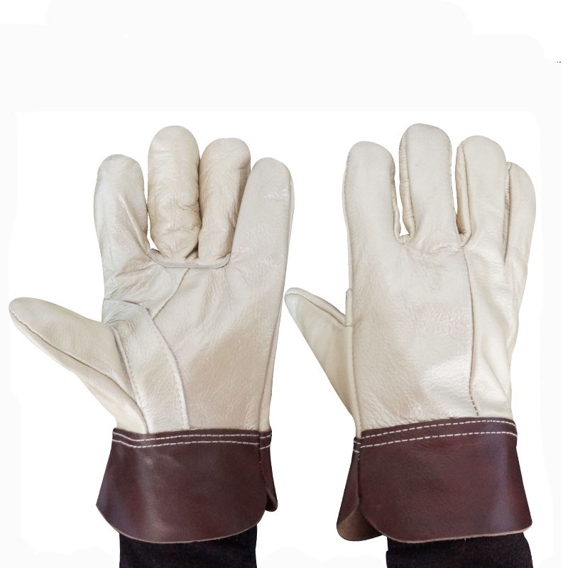 First layer cowhide high temperature resistant welding gloves (1)